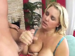 Mature BBW Fucks And Sucks