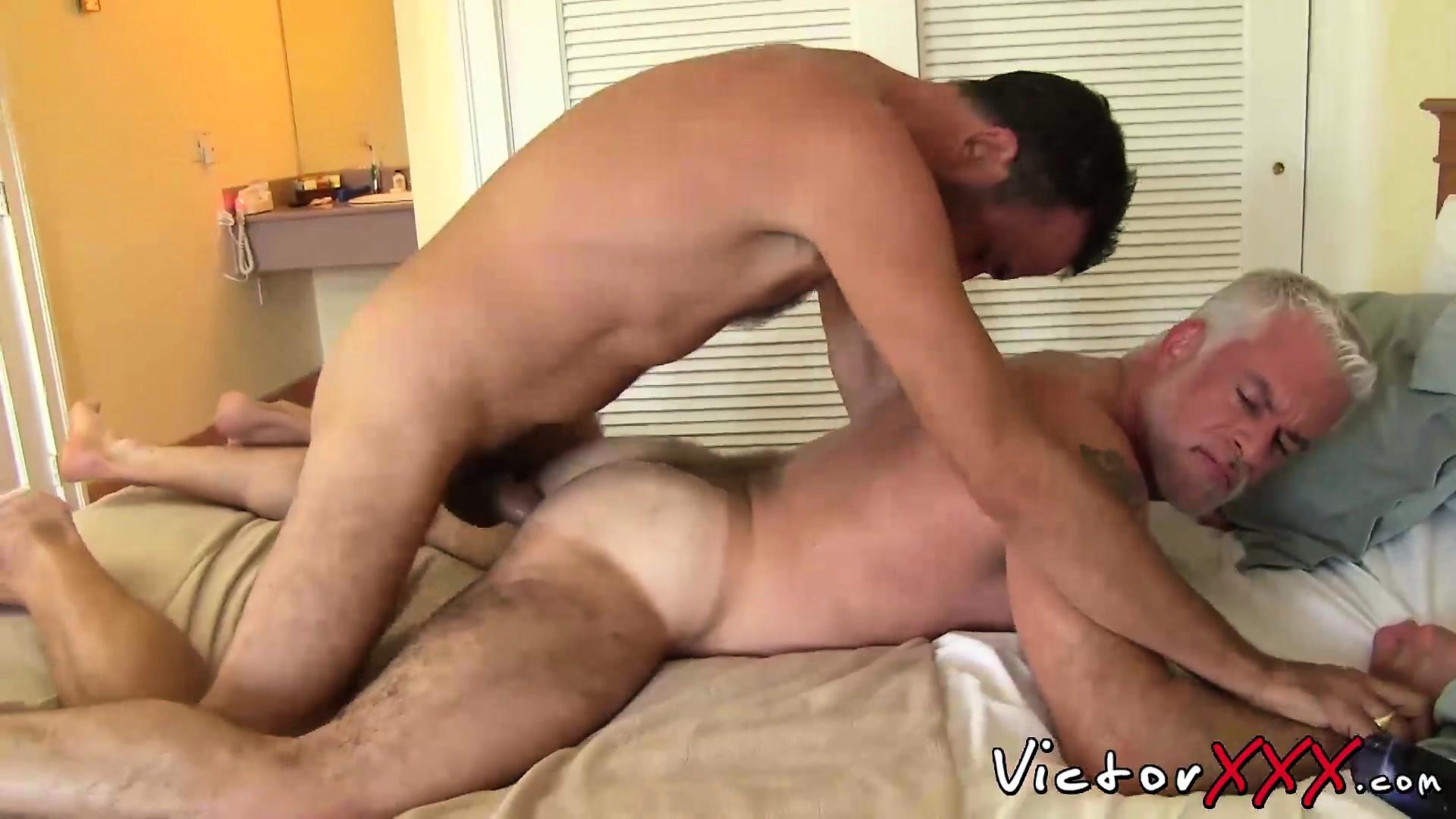 Порно с отцом бесплатно