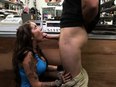 Hot brunette babe pawns vinyl and fucked by pawn dude