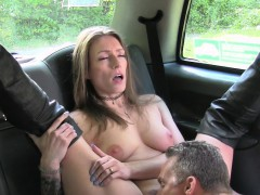 Female Taxi Driver In Boots Fucking Client