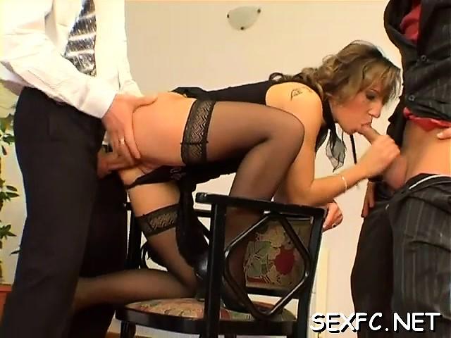 секс в платье порно видео