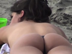 Latina With A Great Ass Tanning At A Beach
