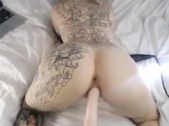 Sexy Slut With A Lot Of Tattoos