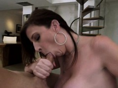 Plump booty MILF Sara Jay with big tits gets fucked