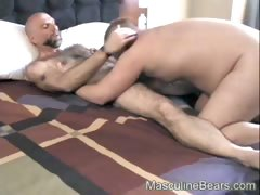 Two bear lovers hooking up for hard sex