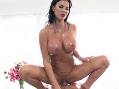 Jasmine Jae wants cock in her ass