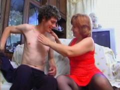 Russian mature MILF gives blowjob