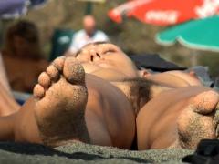 Amateur Gorgeous Topless Young Teens Beach Voyeur Close Up
